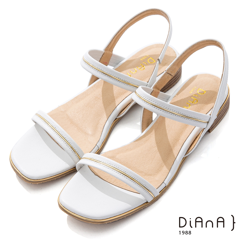 DIANA 2.5cm 質感牛皮方頭金屬幾何飾釦一字露趾涼鞋-白