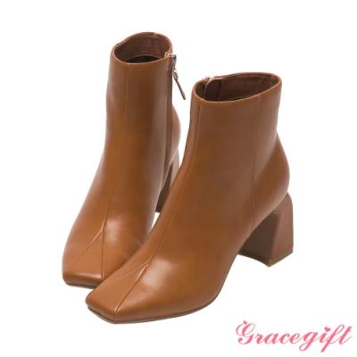 Grace gift X唐葳-聯名素面方頭高跟短靴 棕