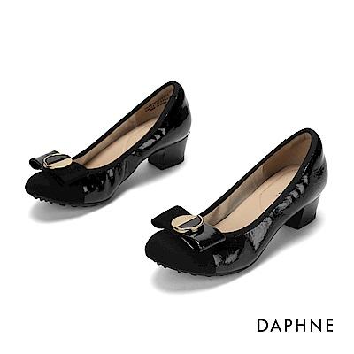 達芙妮DAPHNE 低跟鞋-優雅蝴蝶結漆皮粗跟鞋-黑