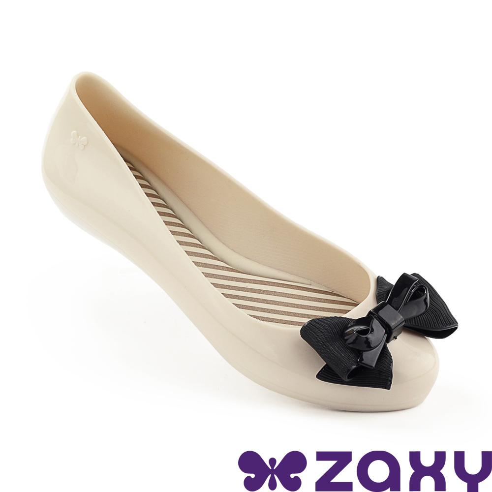 Zaxy 巴西 女 蝴蝶飛舞 平底鞋 米/黑