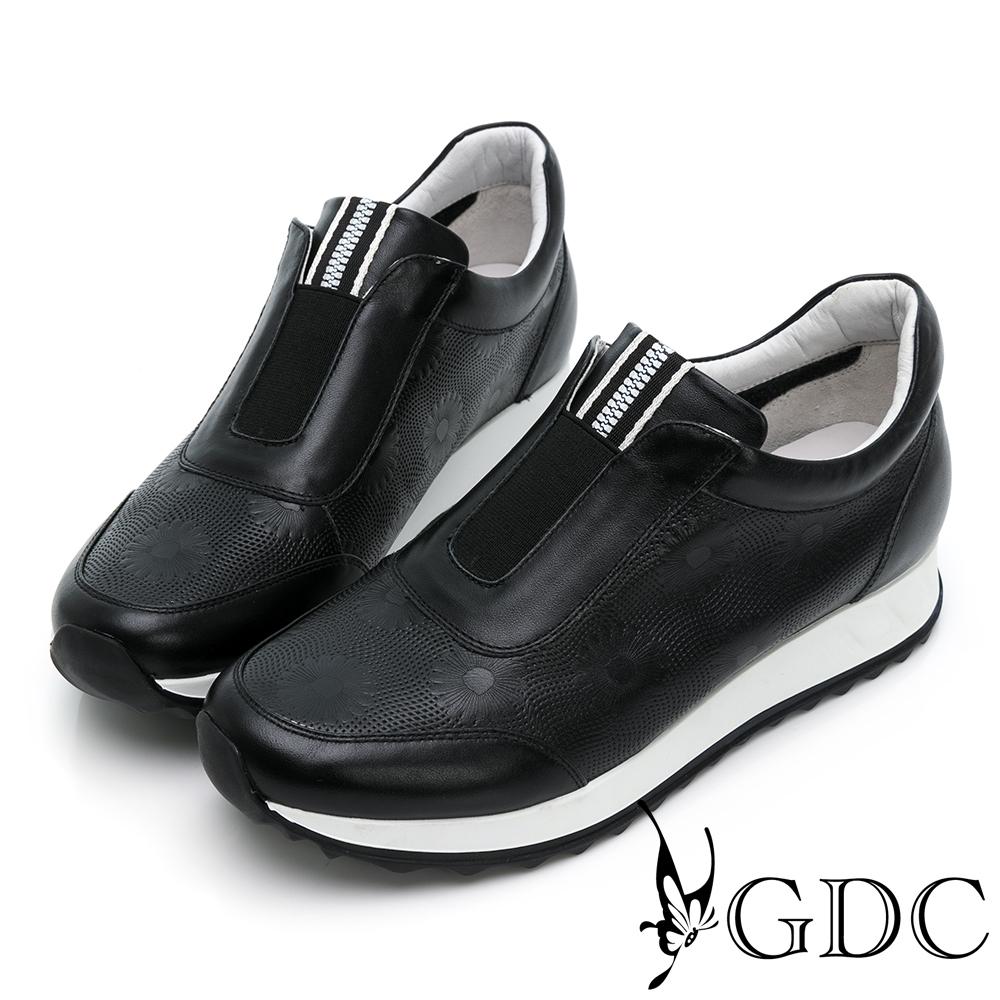 GDC-經典基本素色簍空沖孔透氣舒適厚底運動休閒鞋-黑色