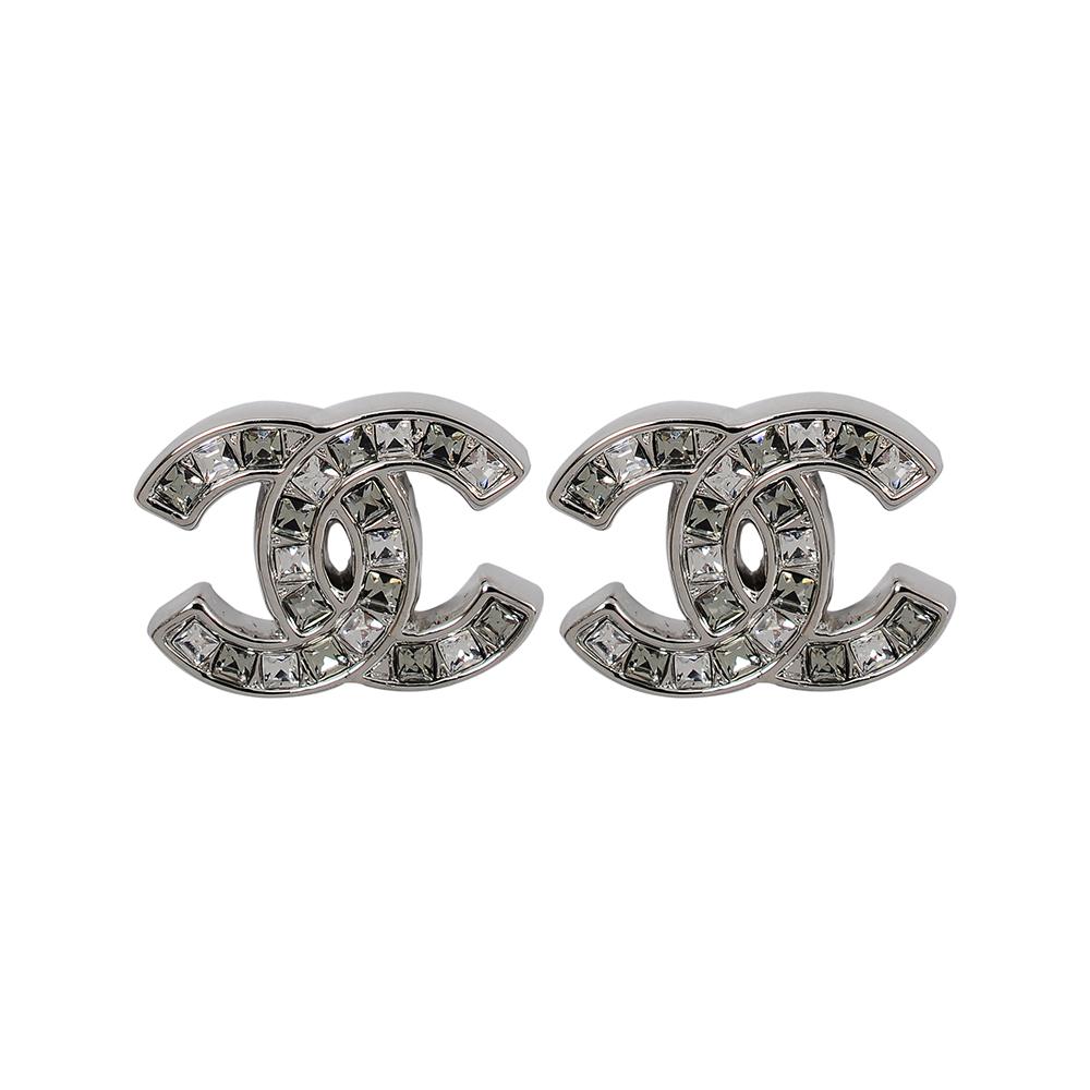 CHANEL香奈兒 經典雙C LOGO 鑲嵌雙色方鑽銀色耳環