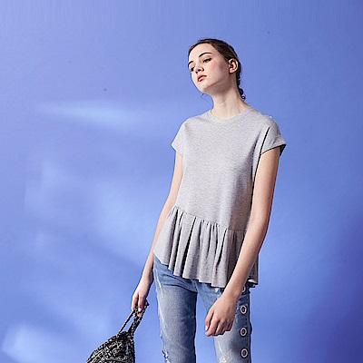 時尚百摺波浪親膚素面圓領簡約造型上衣(兩色)-灰