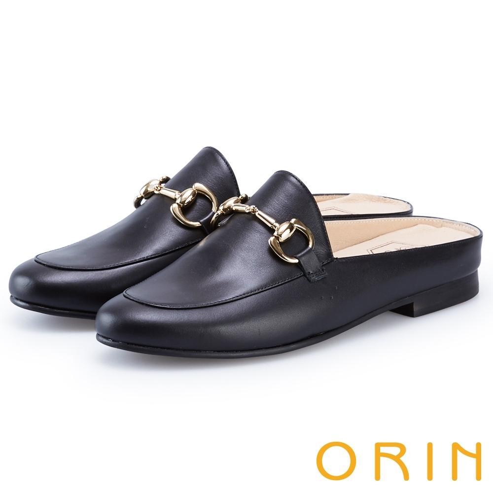 ORIN 金屬馬銜釦牛皮平底穆勒鞋 黑色