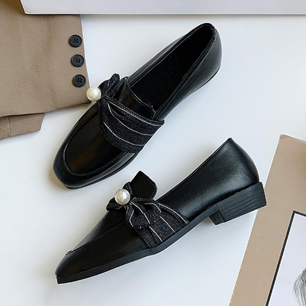 韓國KW美鞋館-(現貨)獨賣款夏日漫遊珍珠樂福鞋(共1色) (黑色)
