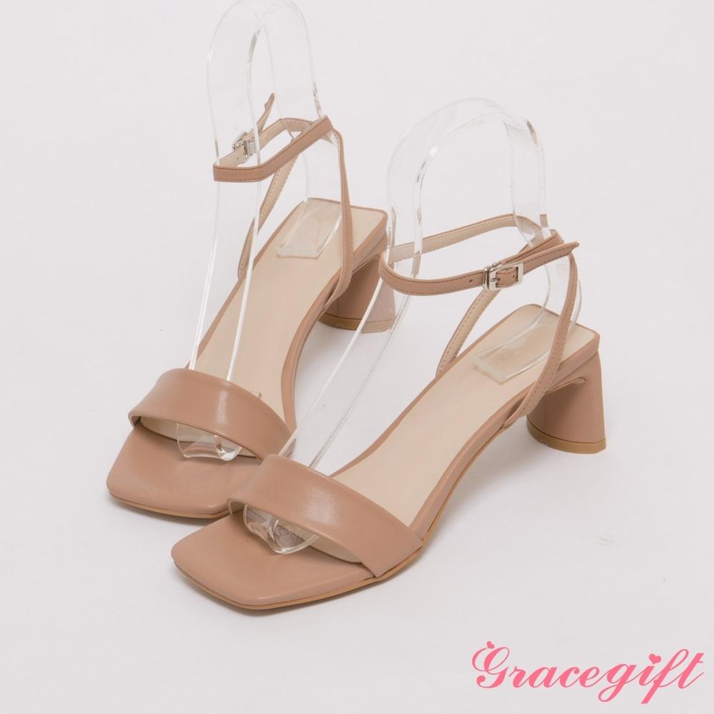 Grace gift-一字寬帶中扁跟涼鞋 杏