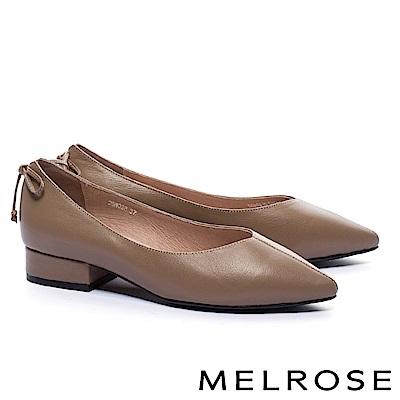 低跟鞋 MELROSE 簡約復古摔紋牛皮素面尖頭低跟鞋-棕