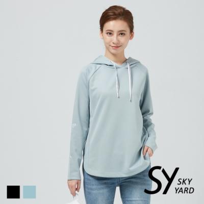 【SKY YARD 天空花園】簡約草寫刺繡長袖連帽T恤-藍灰色