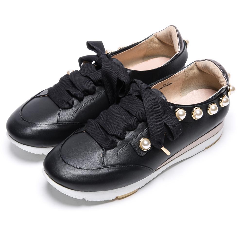 DIANA 活力耀眼--蝴蝶結珍珠鑲邊真皮綁帶休閒鞋-黑