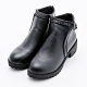 River&Moon大尺碼短靴 立體縫線扣環粗跟短靴 黑 product thumbnail 1