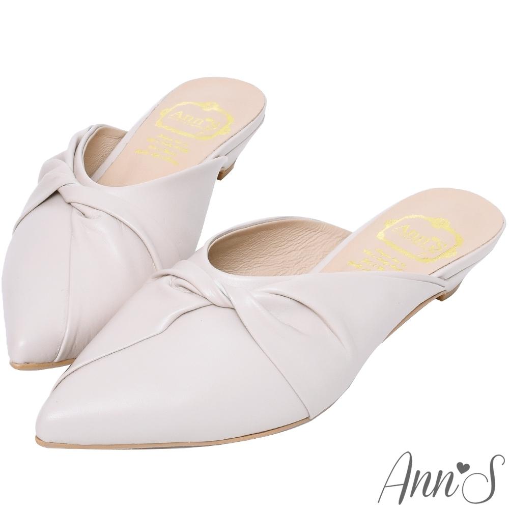 Ann'S典雅氣質-蝴蝶結小羊皮低跟尖頭穆勒鞋-杏(版型偏小)
