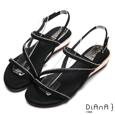 DIANA時尚曲線羅馬涼鞋-性感尤物-黑