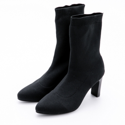 River&Moon加大尺碼短靴 彈力針織粗高跟襪套靴黑