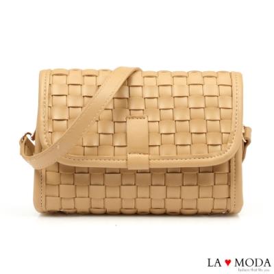 La Moda時尚零時差手工編織輕巧簡約肩背斜背小方包(杏)