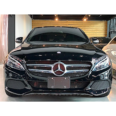 2015 Mercedes-Benz C300(外匯車)