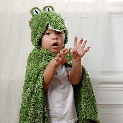 【MORINO摩力諾】動物造型速乾兒童連帽罩袍 披風 抱枕(鱷魚) 附提袋
