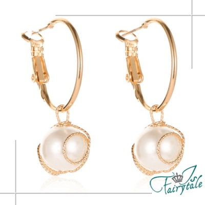 iSFairytale伊飾童話 大方圓型 金繽珍珠垂墜耳環