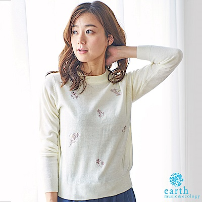 earth music 花柄刺繡針織上衣