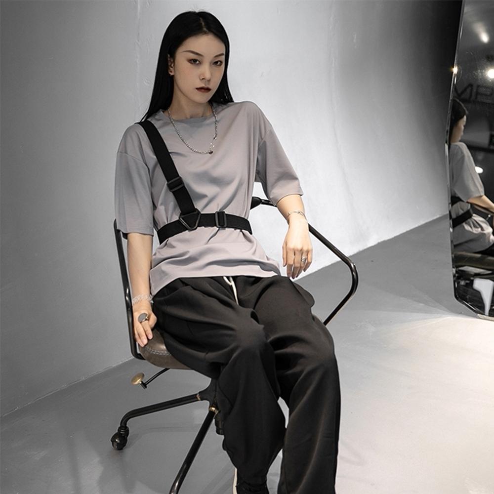 設計所在Style-中性港風戰術背帶裝飾寬鬆短袖T恤
