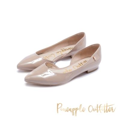 Pineapple Outfitter-TEMPER典雅氣質尖頭側空鏡面低跟鞋-鏡粉
