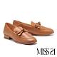 低跟鞋 MISS 21 極簡復古蝴蝶結設計牛皮方頭粗跟鞋-咖 product thumbnail 1