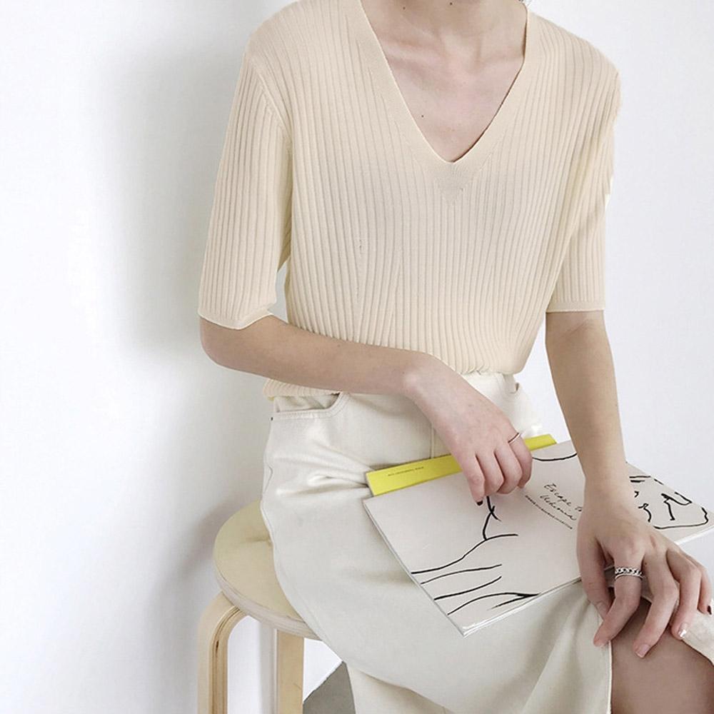 ALLK 歐楷 超彈力壓紋針織上衣 共8色(尺寸F 任選) (杏色)