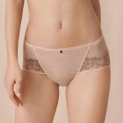 黛安芬-魔術微塑系列平口內褲 M-EL 裸透膚