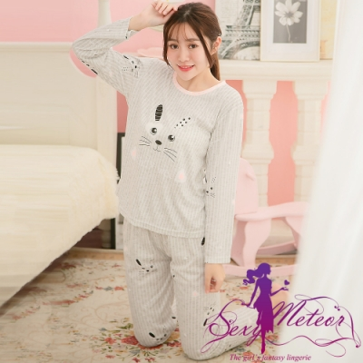 睡衣 全尺碼 牛奶絲直條紋兔子長袖二件式睡衣組(舒適灰) Sexy Meteor