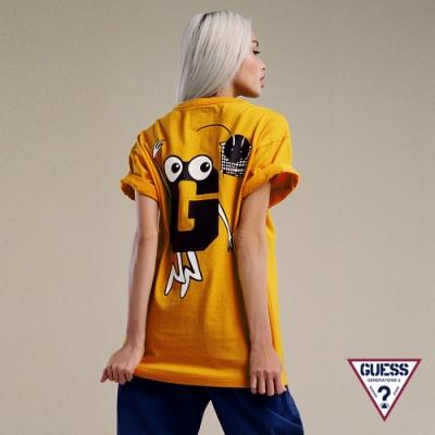 GUESS x GENERATIONS聯名 男女同款俏皮手繪印圖Logo短袖T恤-黃