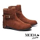 短靴 MODA Luxury 垂墜美感流蘇方釦真皮低跟短靴-咖