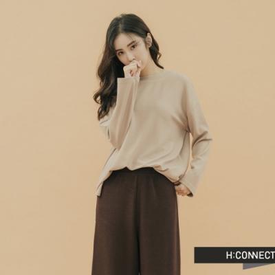 H:CONNECT 韓國品牌 女裝-素面圓領上衣-卡其