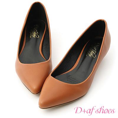 D+AF 俐落優雅.簡約素面尖頭低跟鞋*棕