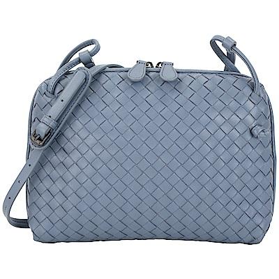 BOTTEGA VENETA 小型手工編織羊皮斜背包(岩灰藍)