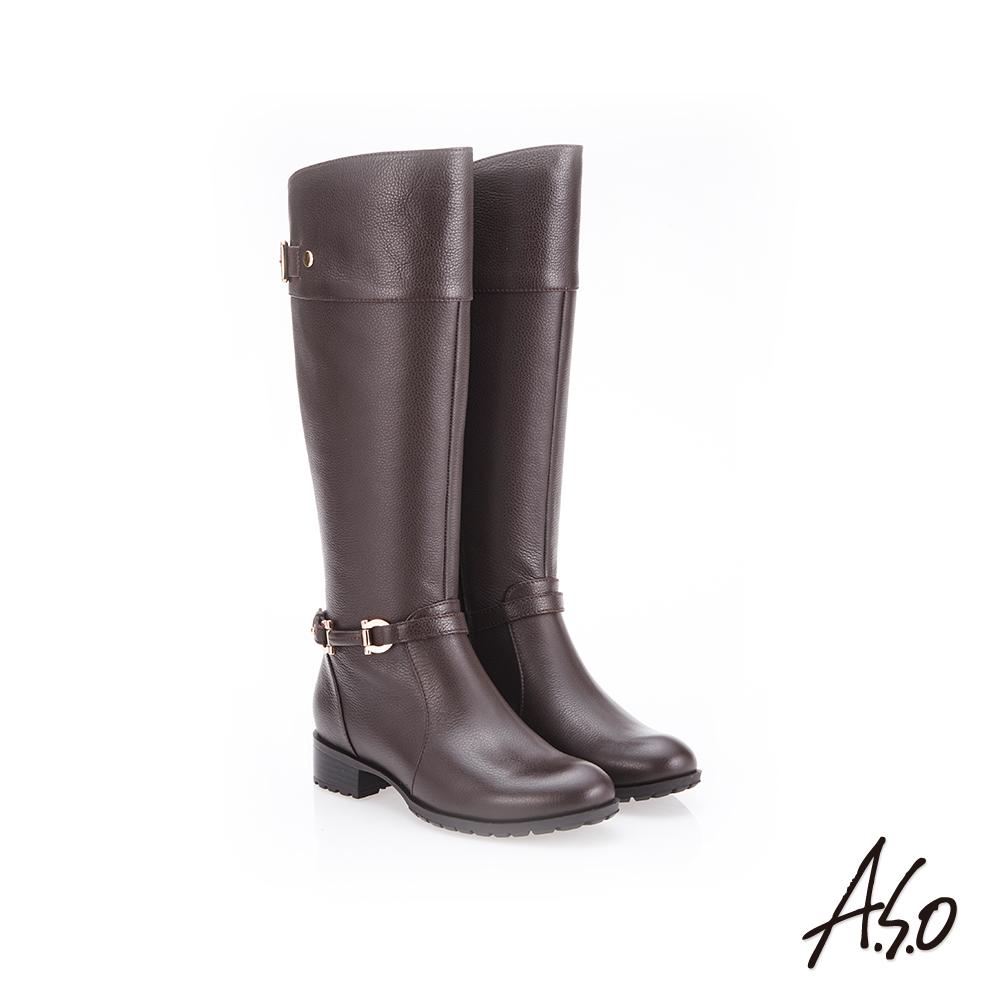 A.S.O 簡約飾釦 側拉鍊設計真皮長靴 咖啡