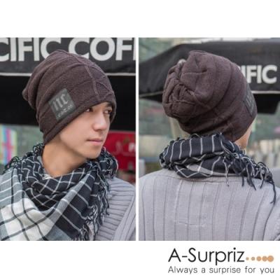 A-Surpriz  時尚NC徽章刷毛針織帽(咖)
