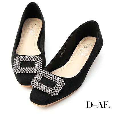 D+AF 華麗印象.水鑽方形飾釦低跟包鞋*黑
