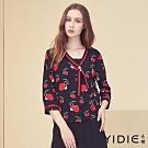 【YIDIE衣蝶】個性領結天鵝造型衫