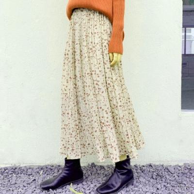 La Belleza甜美碎花鬆緊腰滿版枝葉印花百摺雪紡裙大擺裙(有內襯)