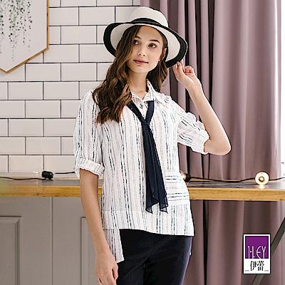 ILEY伊蕾 雪紡領帶條紋印花上衣(白)