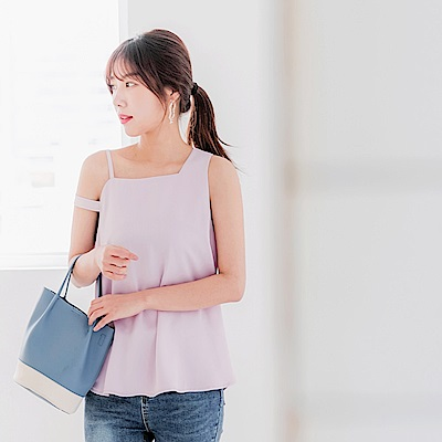 造型垂肩帶設計純色上衣-OB大尺碼