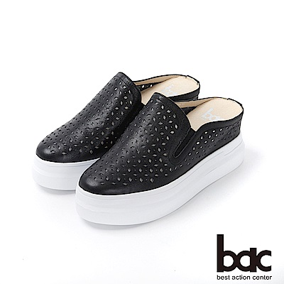 bac週末輕旅行 - 純色皮革雷射沖孔穆勒鞋休閒鞋-黑