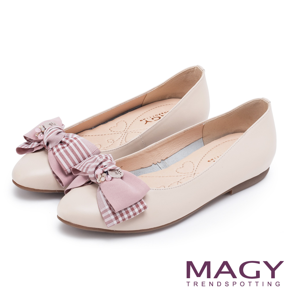 MAGY 甜美舒適款 布面格紋蝴蝶結拼接牛皮平底鞋-粉裸