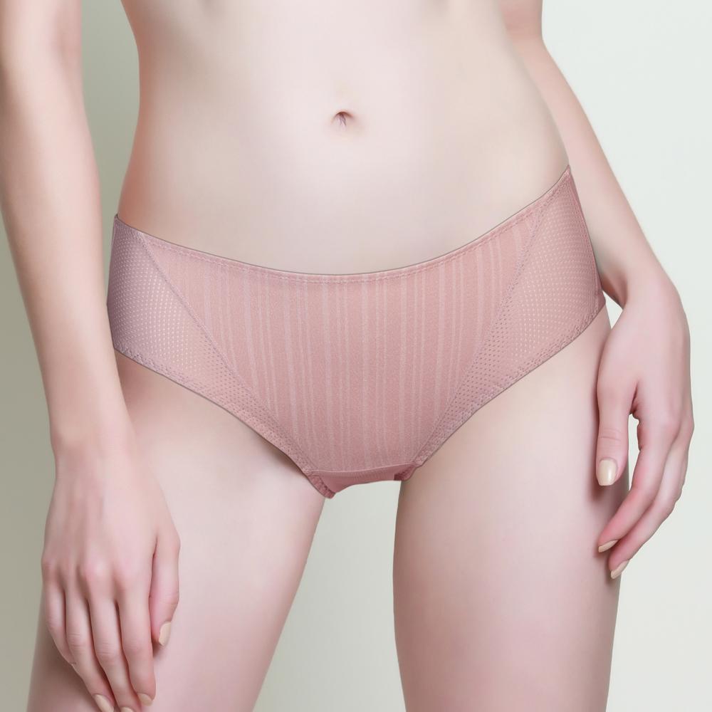 黛安芬-T-Shirt Bra系列平口內褲 M-EEL(嫩膚粉)