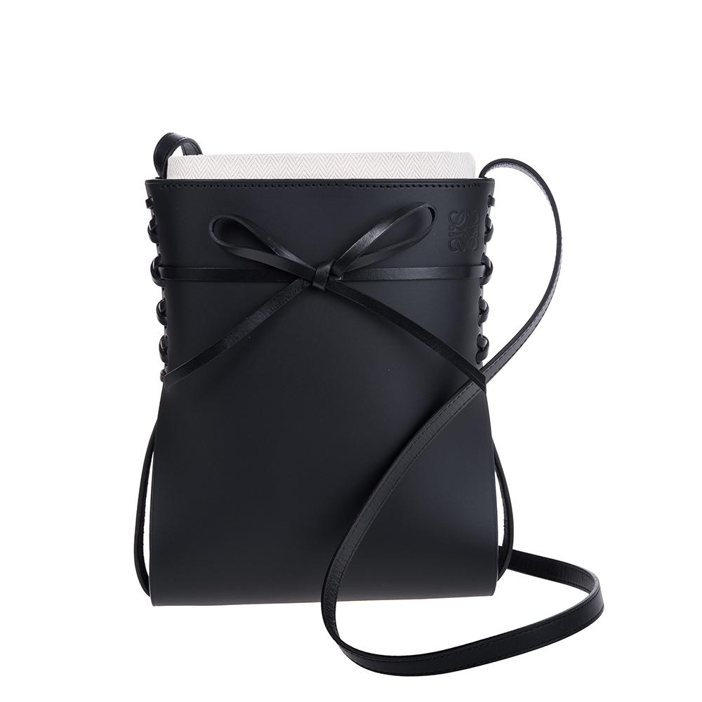 LOEWE 新款Ikebana系列滑面牛皮蝴蝶結設計肩背/斜背包 (黑色)