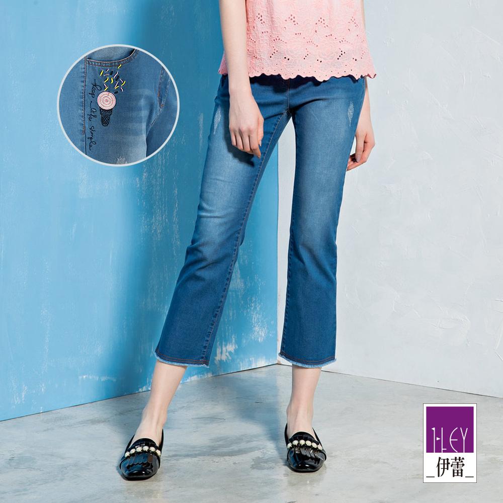 ILEY伊蕾 甜筒貼布刺繡輕薄牛仔窄管褲(藍)