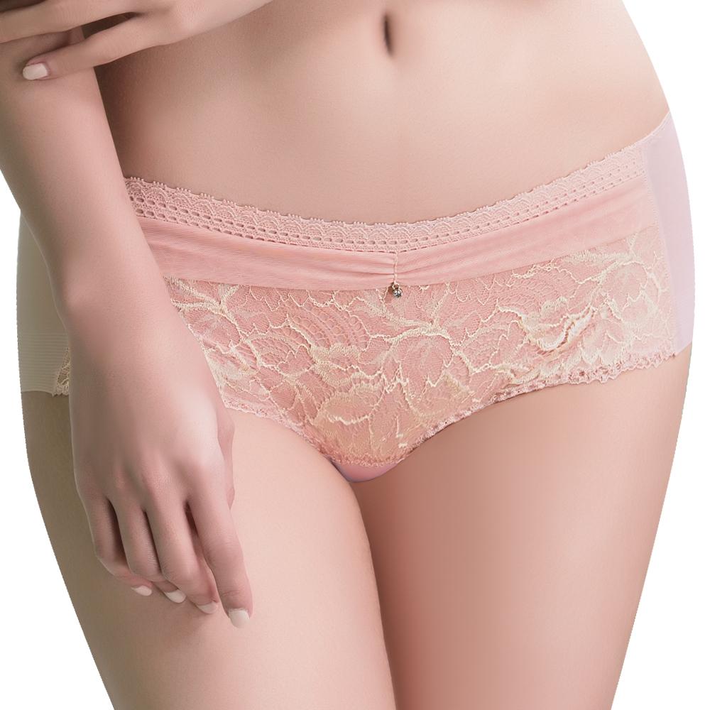 思薇爾 撩波葉之舞系列M-XL蕾絲中低腰平口內褲(羽透膚)