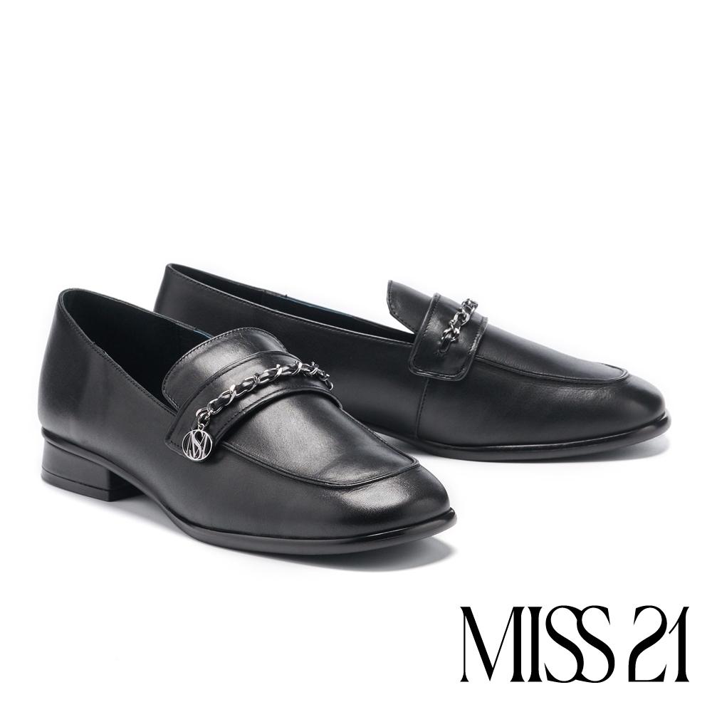 低跟鞋 MISS 21 小香風品牌LOGO鍊造型牛皮方頭樂福低跟鞋-黑