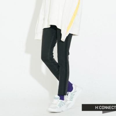 H:CONNECT 韓國品牌 女裝 - 不收邊水洗感牛仔長褲  - 黑
