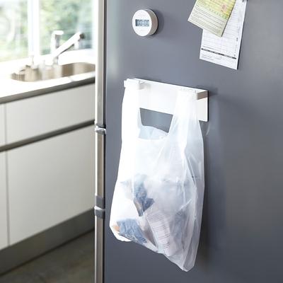 日本【YAMAZAKI】Plate磁吸式垃圾袋架★日本百年品牌★廚房收納/磁吸式/垃圾掛架/瓶罐回收