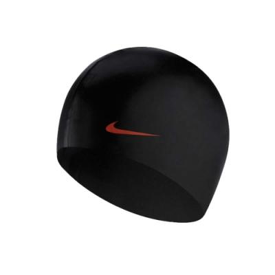 NIKE SWIM 成人矽膠泳帽-游泳 戲水 海邊 沙灘 93060-001 黑橘